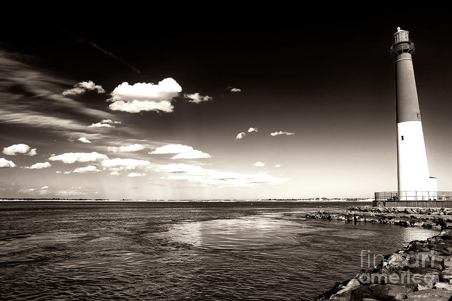 Lbi Photograph - Vintage Barnegat Lighthouse by John Rizzuto