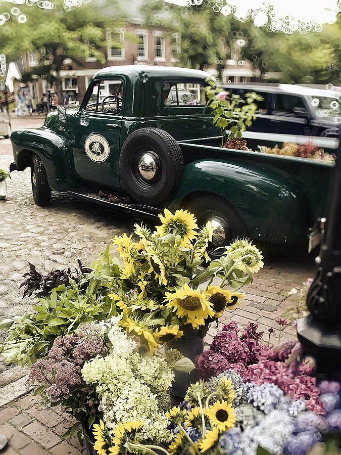 Nantucket Photograph - Vintage Flower Truck-nantucket by Tammy Wetzel