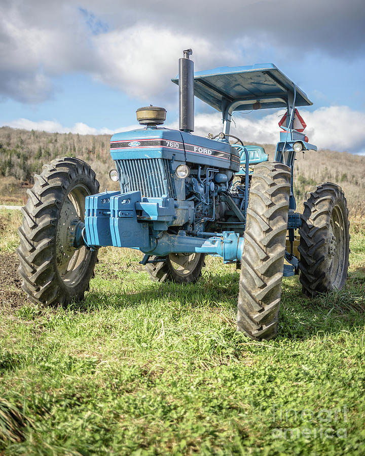 Ford Photograph - Vintage Ford 7610 Farm Tractor by Edward Fielding