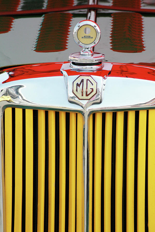 Vintage Mg Photograph - Vintage Mg Front Grill by Ave Guevara
