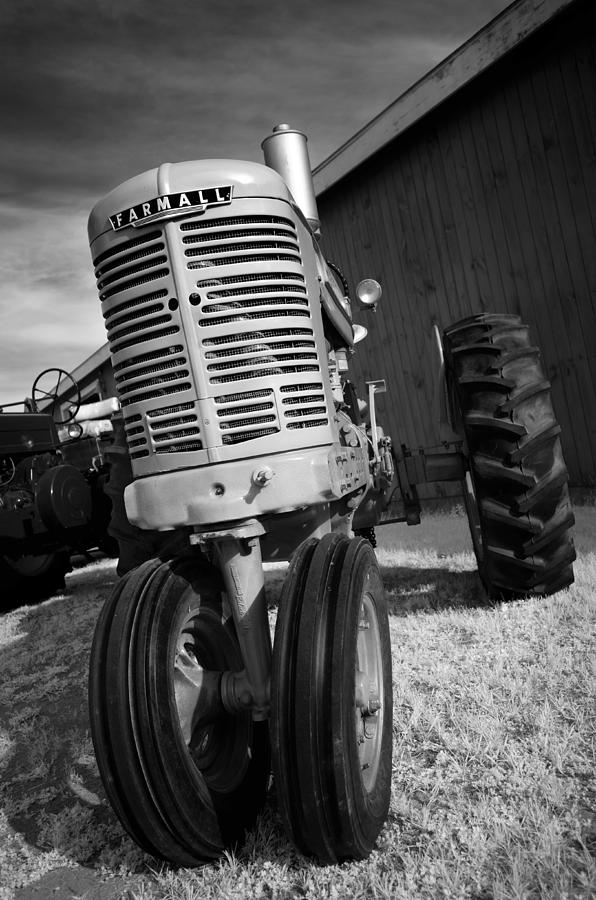 Tractor Photograph - Vintage Workhorse - Farmall by Luke Moore
