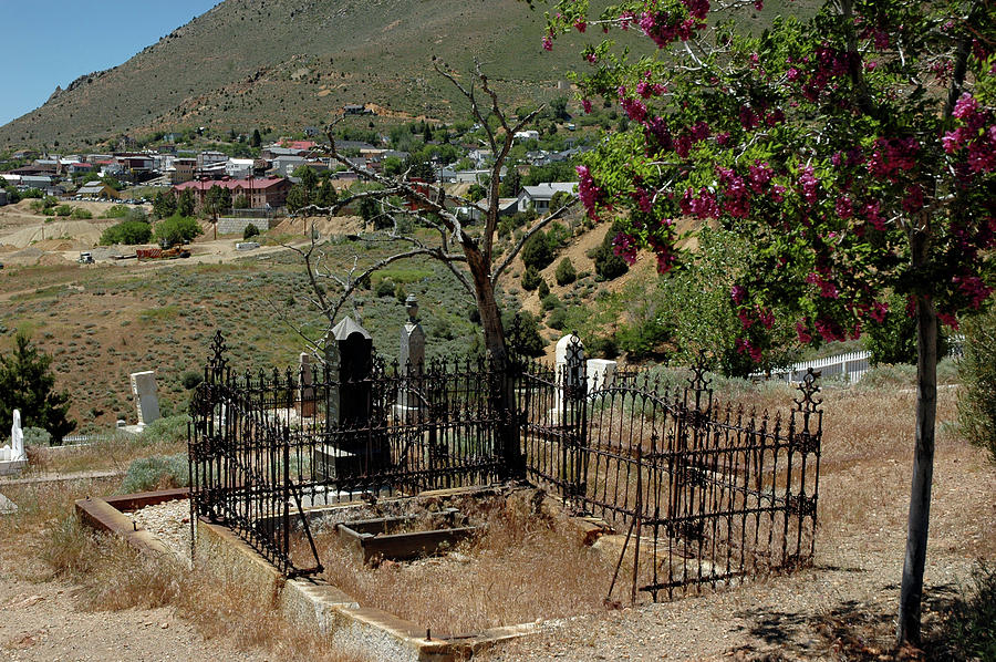 Usa Photograph - Virginia City Cemetery Broken Gate by LeeAnn McLaneGoetz McLaneGoetzStudioLLCcom