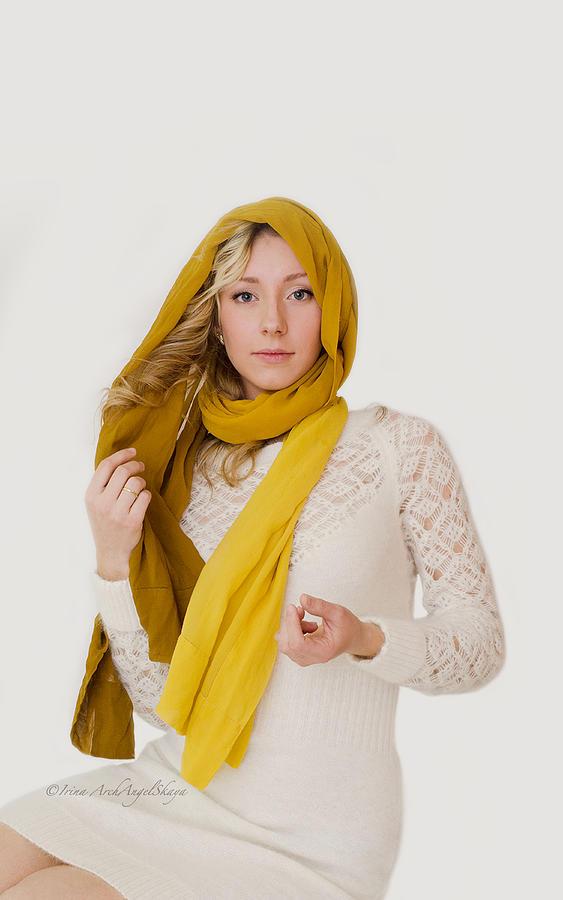 Vlada by Irina Archangelskaya