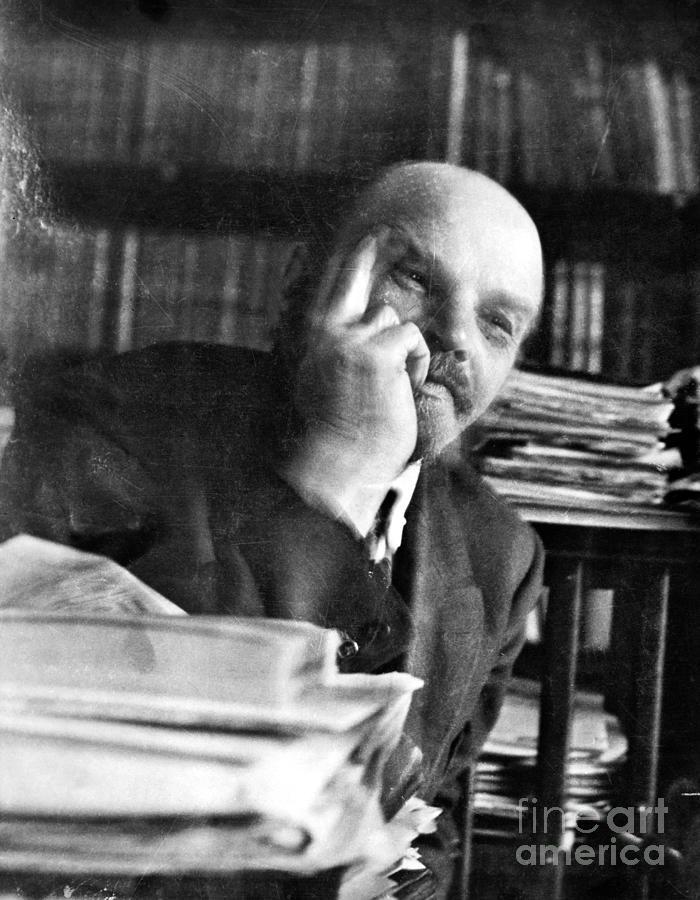 1920 Photograph - Vladimir Lenin (1870-1924) by Granger