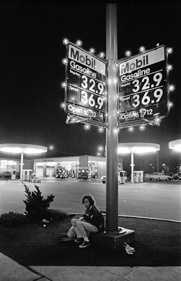 Mobil Gasoline Photograph - Vn Blvd.-073-34 Mobil Gasoline Sign by Richard McCloskey