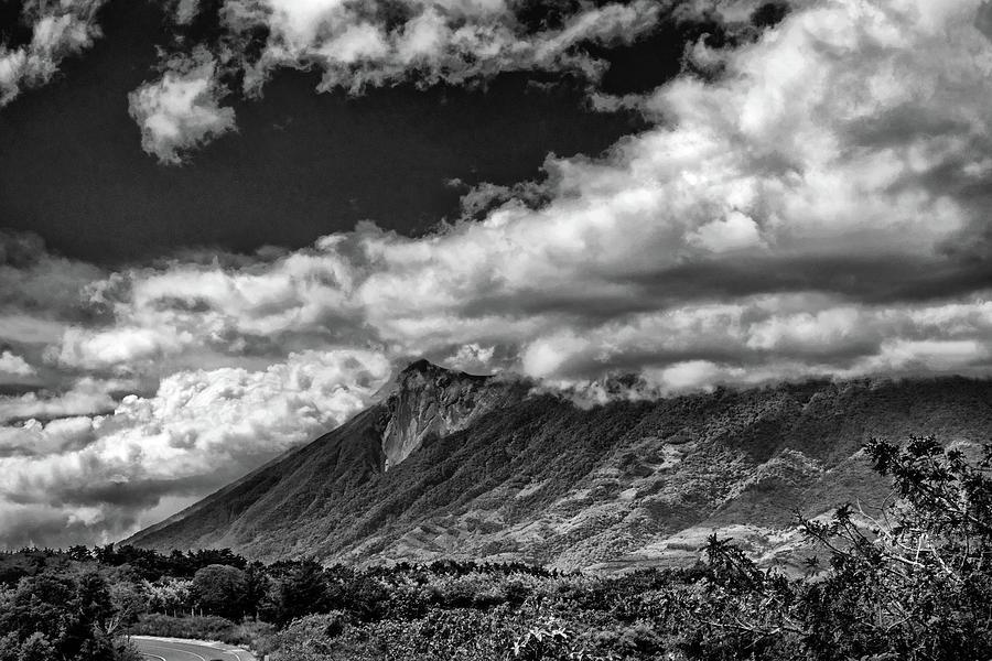 Volcan De Fuego Photograph - Volcan De Fuego - Bnw - Antigua Guatemala by Totto Ponce