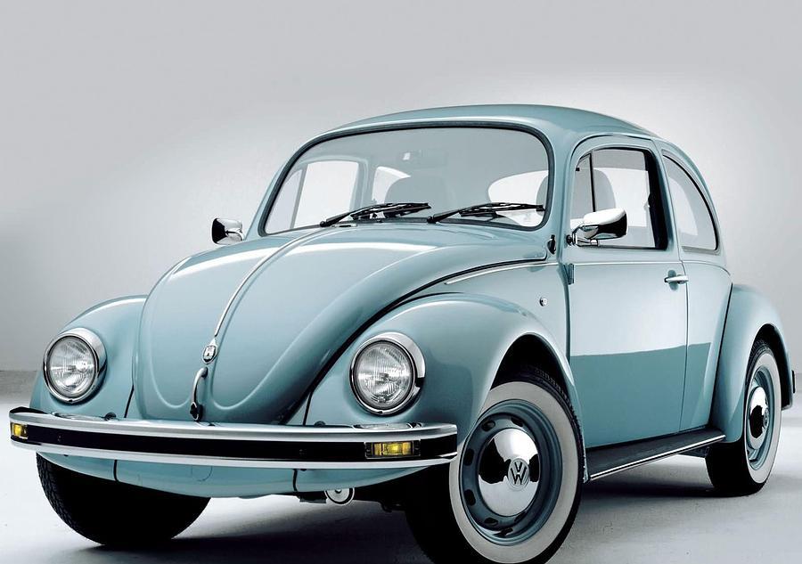 Volkswagen Digital Art - Volkswagen by Dorothy Binder