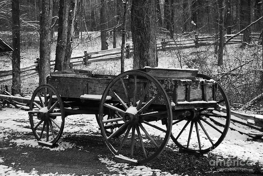 Black & White Photograph - Wagon by Eric Liller