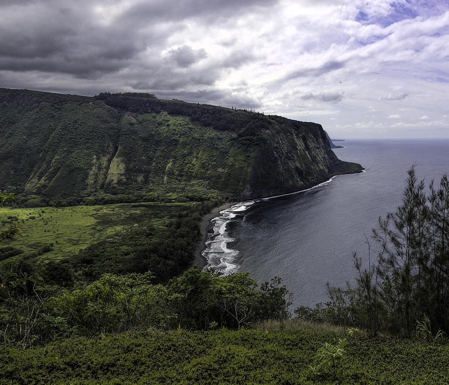Big Island Photograph - Waipio Bay by Mike Herdering