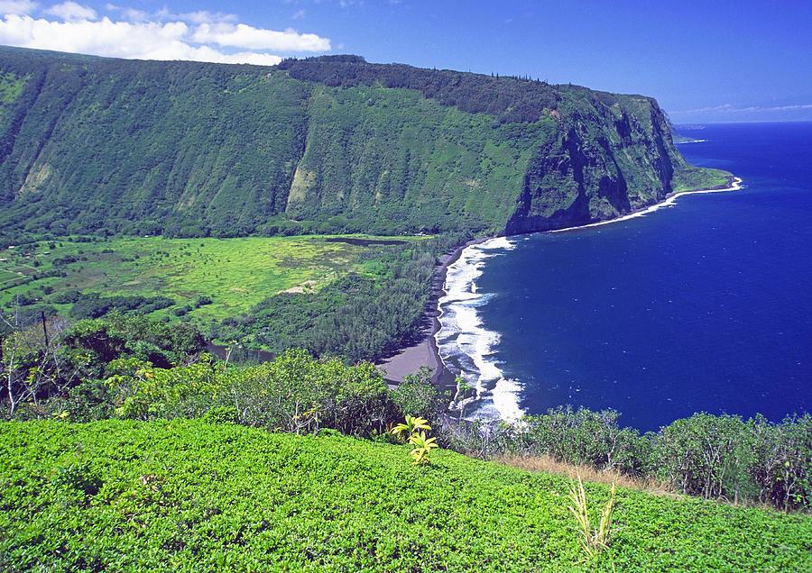 Waipio Valley, Big Island, Hawaii Photograph by Gary Corbett