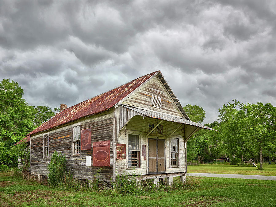 Walden's Grocery by Bill Chambers