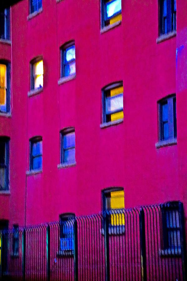 Pink Photograph - Walls by Gillis Cone