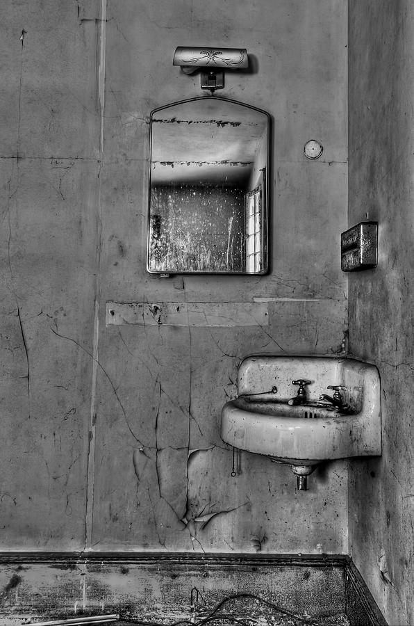 Wall Photograph - Wash Away Your Fears by Evelina Kremsdorf