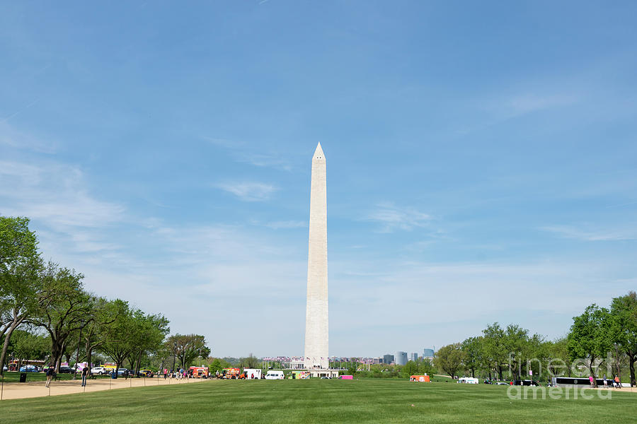Washington Monument by Anthony Baatz