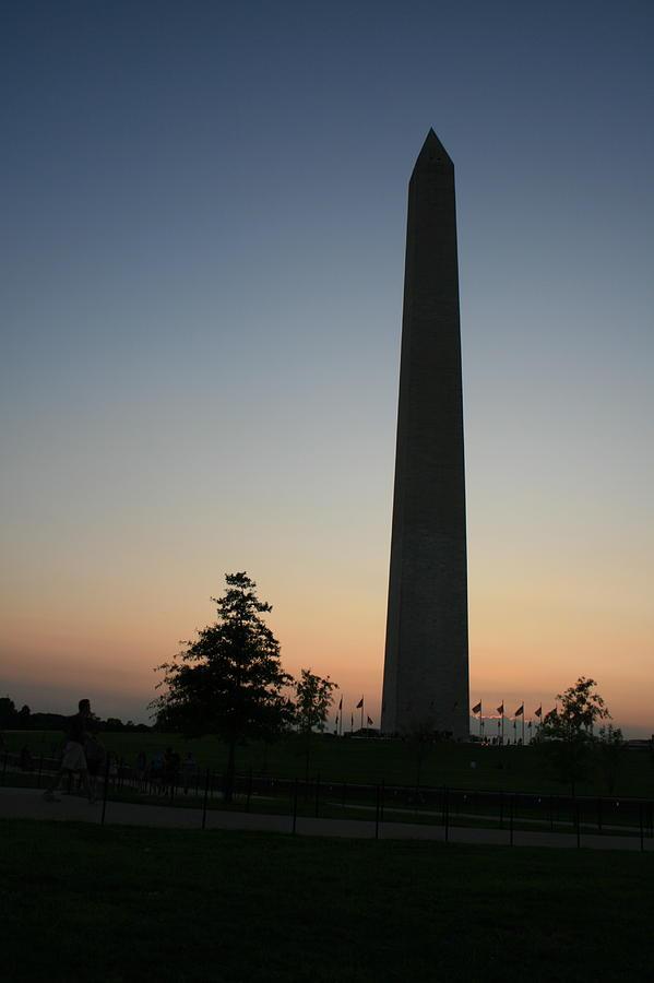 Washington Dc Photograph - Washington Monument At Sunset by Aimee Galicia Torres