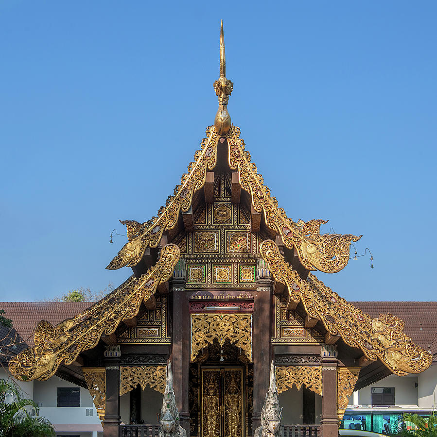 Scenic Photograph - Wat Jed Yod Gable Of The Vihara Of The 700 Years Image Dthcm0963 by Gerry Gantt