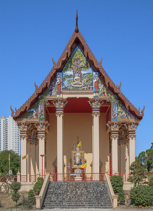 Temple Photograph - Wat Pho Samphan Phra Ubosot Dthcb0064 by Gerry Gantt