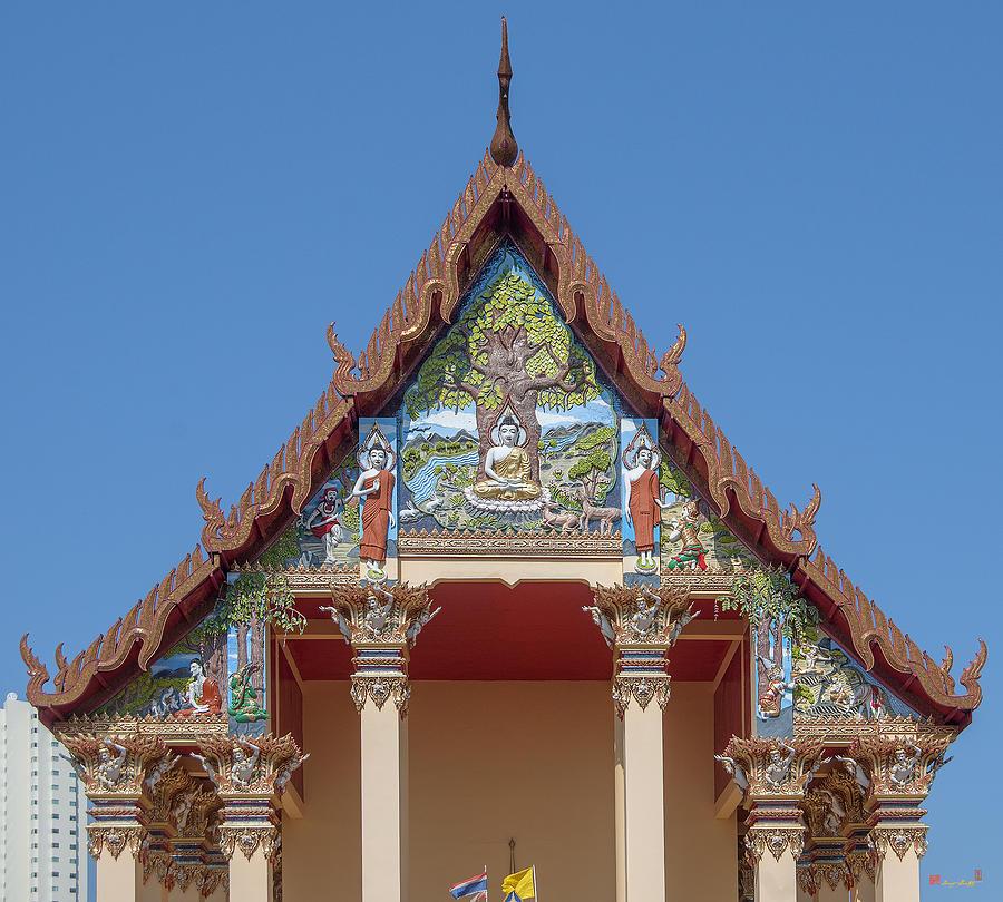 Temple Photograph - Wat Pho Samphan Phra Ubosot Gable Dthcb0065 by Gerry Gantt