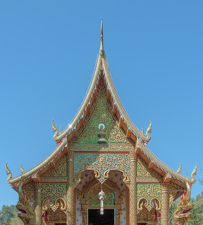 Scenic Photograph - Wat Suan Prig Phra Wihan Gable Dthcm2391 by Gerry Gantt