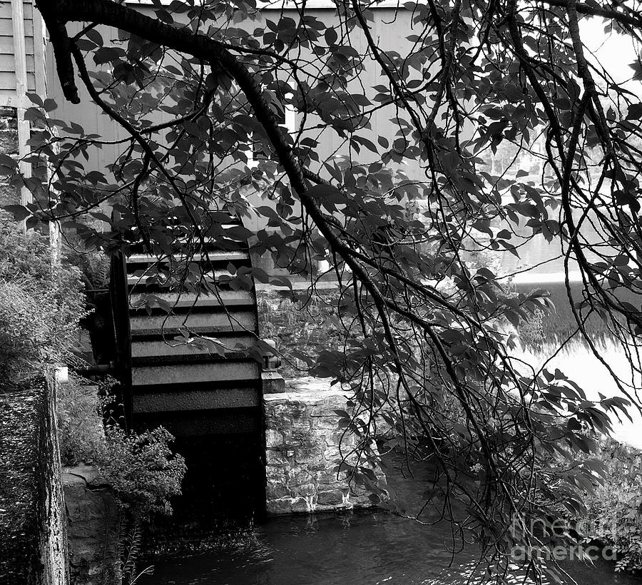 Clinton Nj Photograph - Water Wheel - Black And White by Jacqueline M Lewis