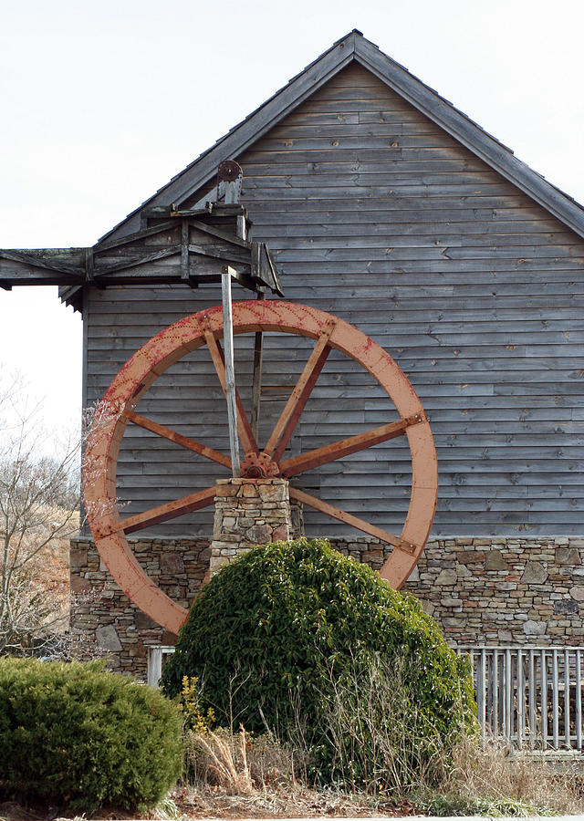 Building Photograph - Waterwheel Of Old by Linda A Waterhouse