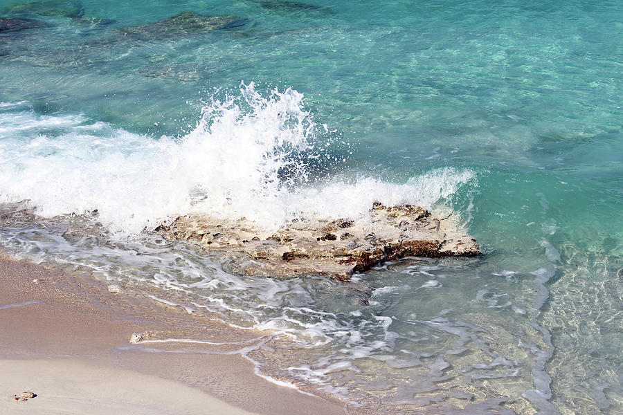 Gentle Wave in Bimini by Samantha Delory