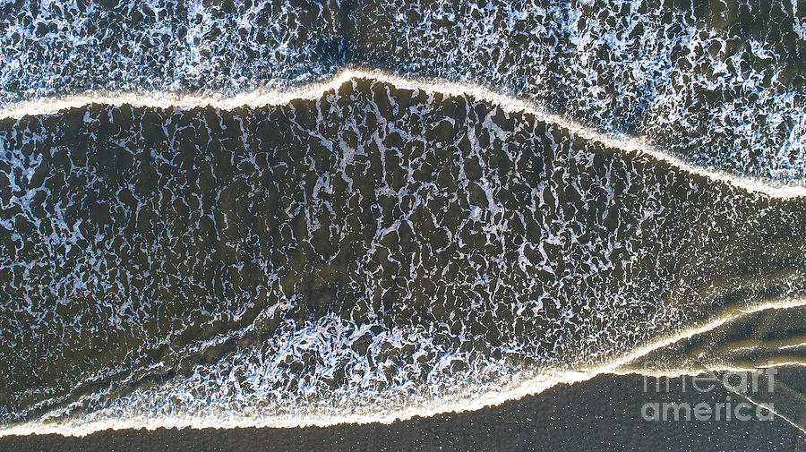 Wave Formation by Richard Amble