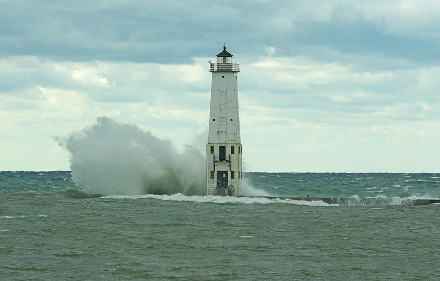 Wave Hit Photograph