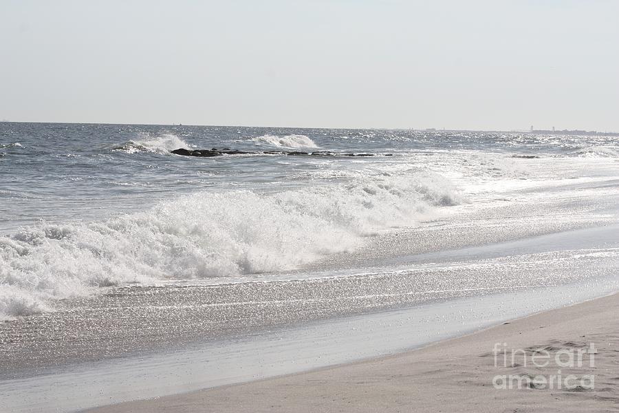 Telfer Photograph - Waves Crashing Onto Long Beach by John Telfer