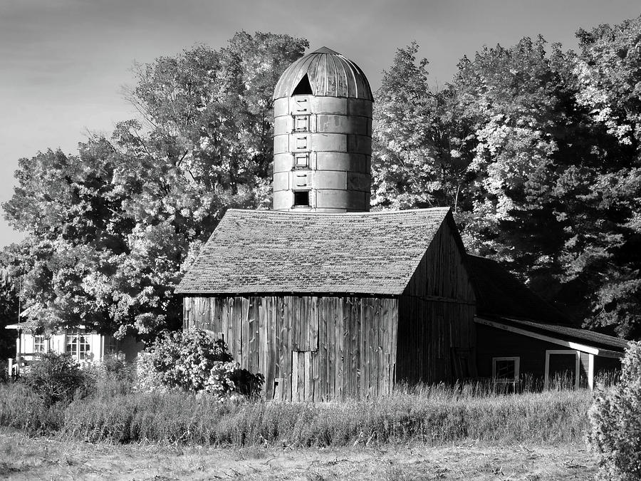 weathered barn and silo b w photograph by david t wilkinson