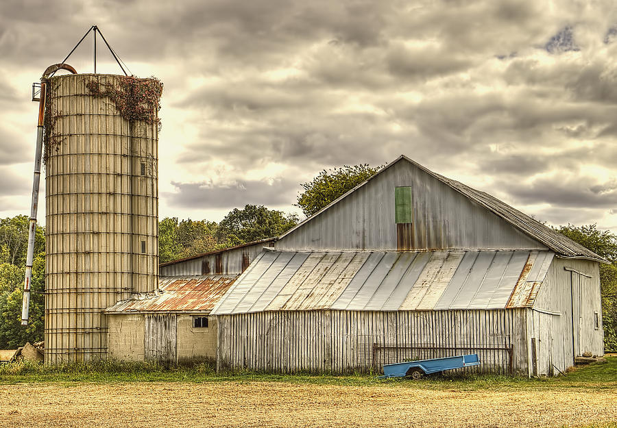 Weathered Barn On A Summer Evening Photograph By William