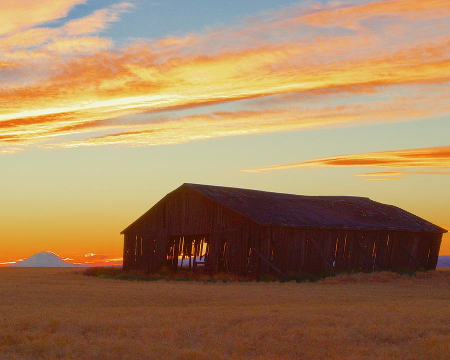 Weathered Barn Sunset by Todd Kreuter