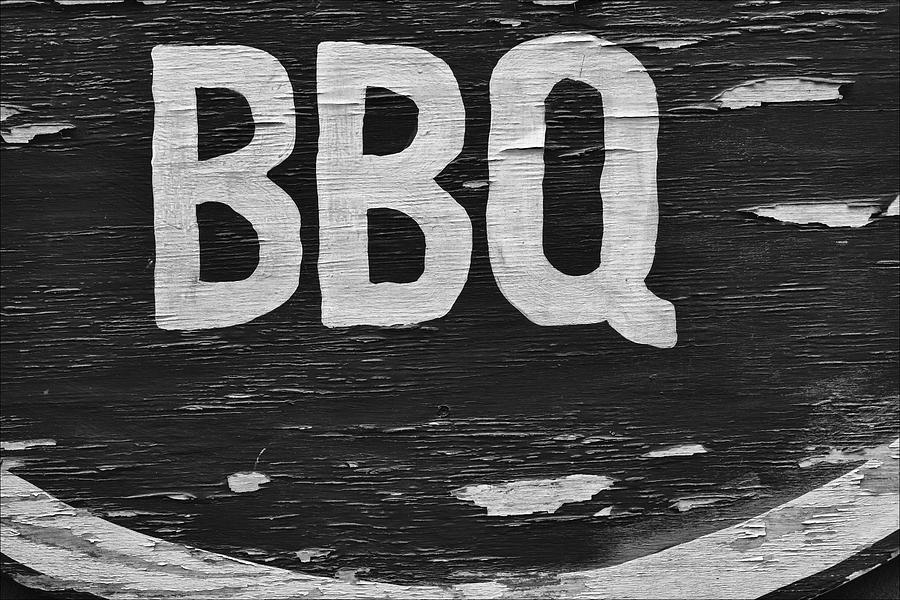 Weathered Wood Photograph - Weathered Bbq Sign by Robert Ullmann
