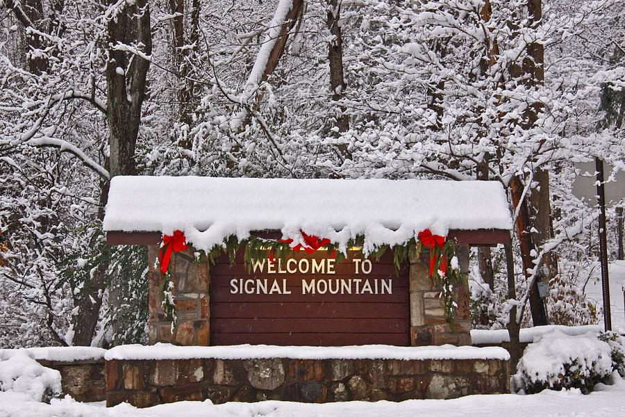 Signal Mountain Photograph - Welcome To Signal Mountain by Tom and Pat Cory