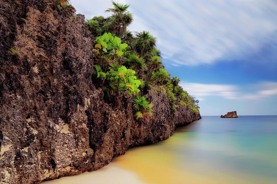 West Bay Beach at Isla Roatan - Caribbean - Honduras - Seascape by Jason Politte