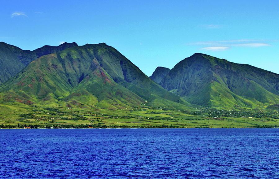 west-maui-mountains-daniel-saviers.jpg