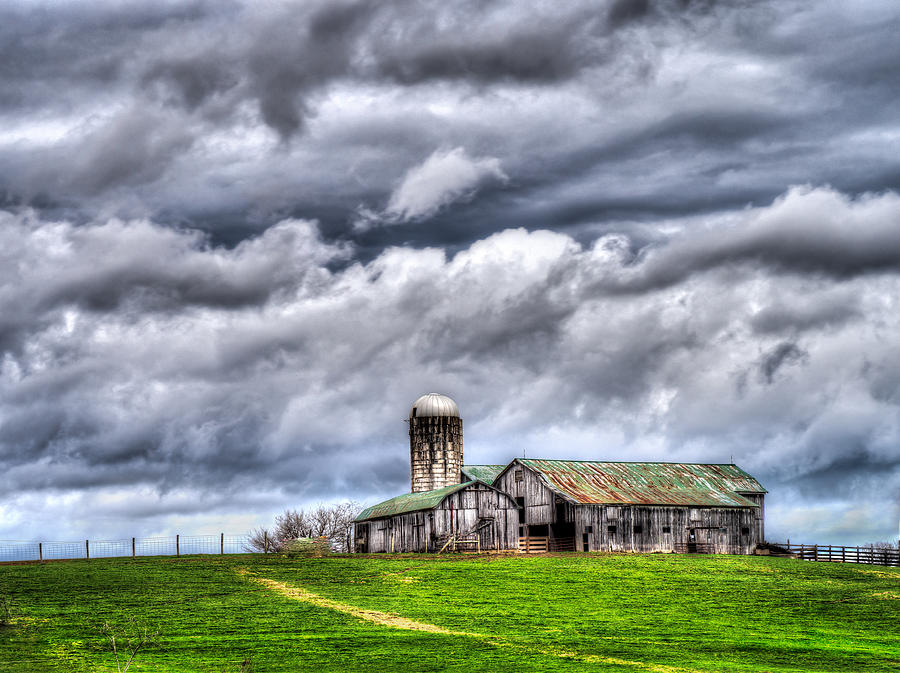 West Virginia Barn by Steve Zimic