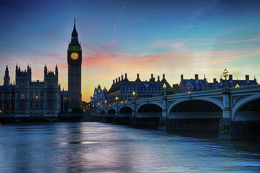 Architecture Photograph - Westminster At Dusk by Jae Mishra