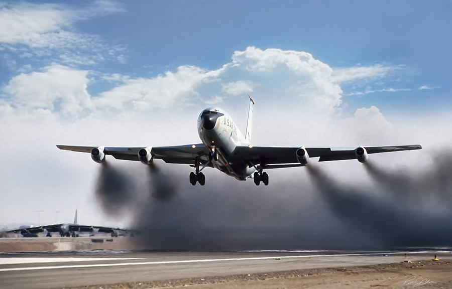 Aviation Digital Art - Wet Takeoff KC-135 by Peter Chilelli