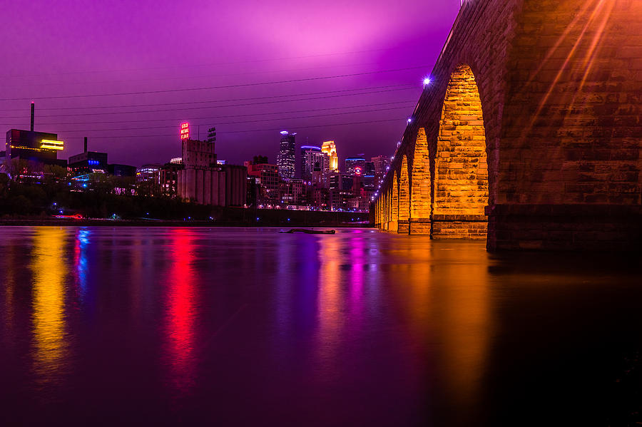 Minneapolis Photograph - When Doves Cry by Mark Goodman