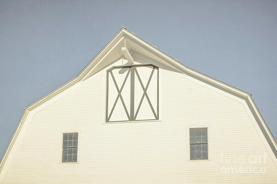Vermont Photograph - White Barn South Woodstock Vermont by Edward Fielding