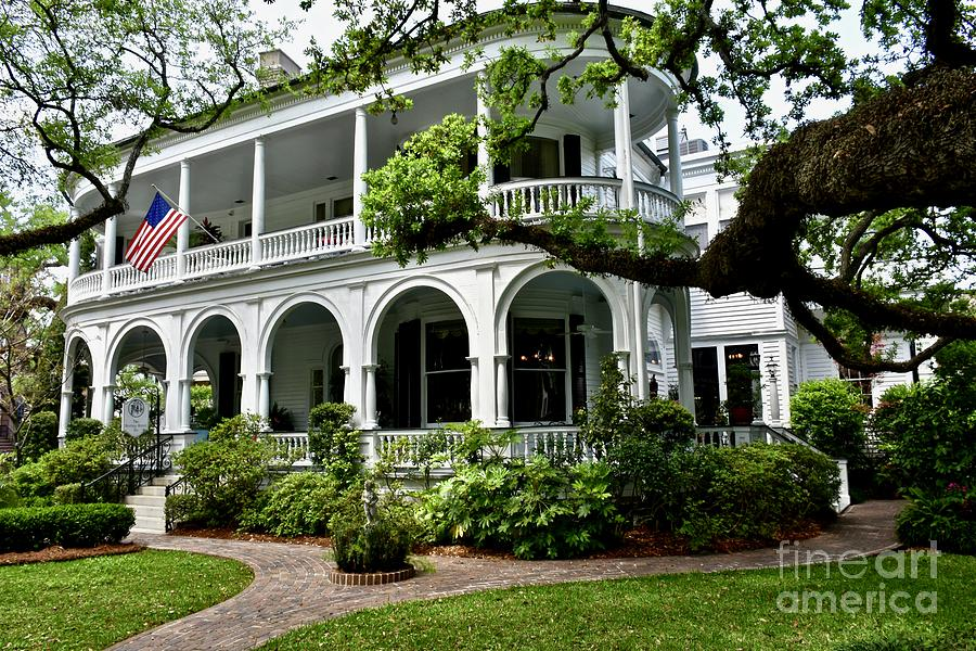 White Colonial Style House Photograph By Jeramey Lende