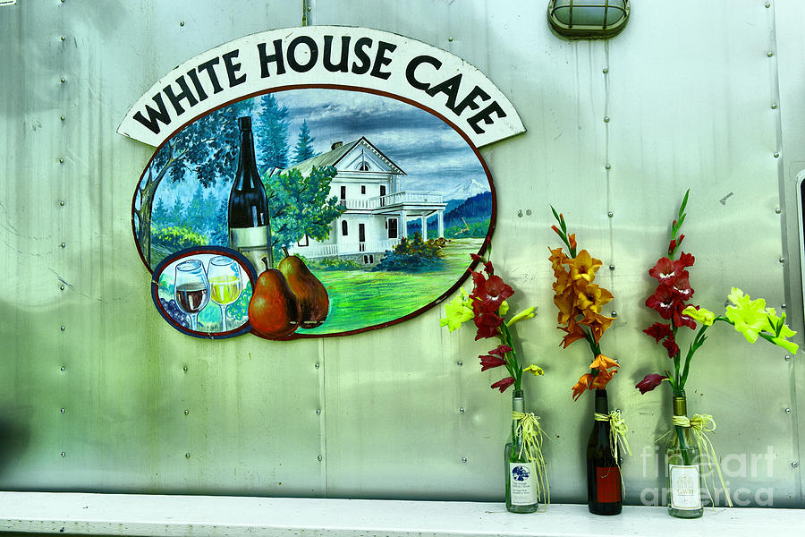 Cade Photograph - White House Cafe by Jeff Swan