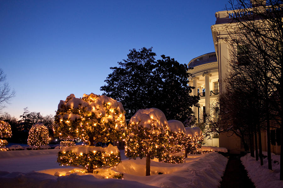Christmas Lawn Decorations.White House Christmas Lawn Decorations