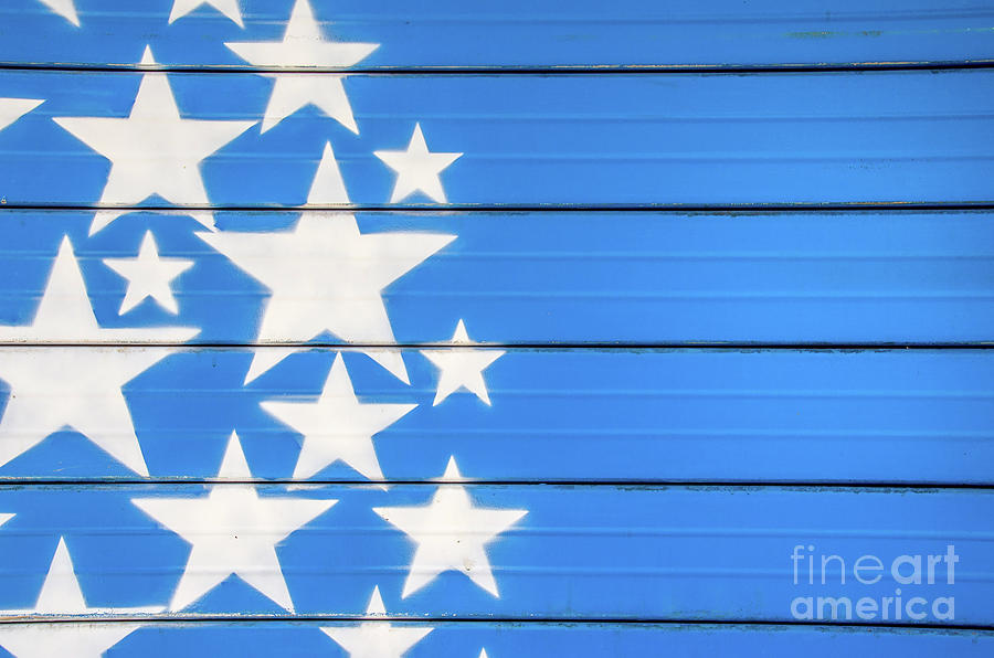 Aluminum Photograph - White Stars On Blue Background Painted On A Closed Shutter by Luca Lorenzelli