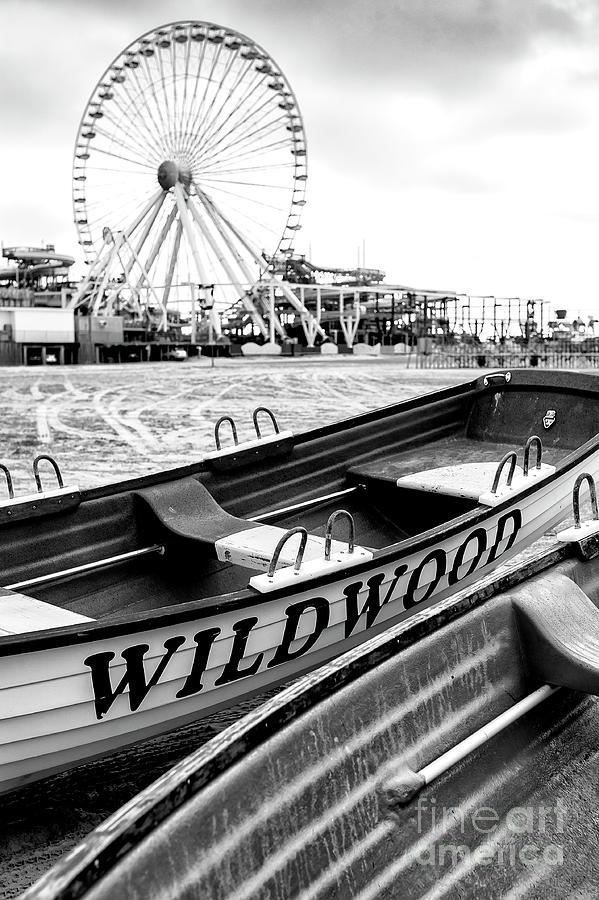 Lifeguard Chair Photograph - Wildwood Black 2008 by John Rizzuto