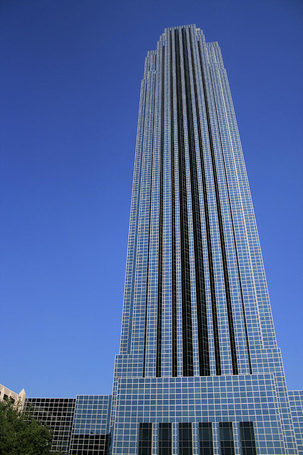 Williams Tower in Houston, Texas by Angela Rath