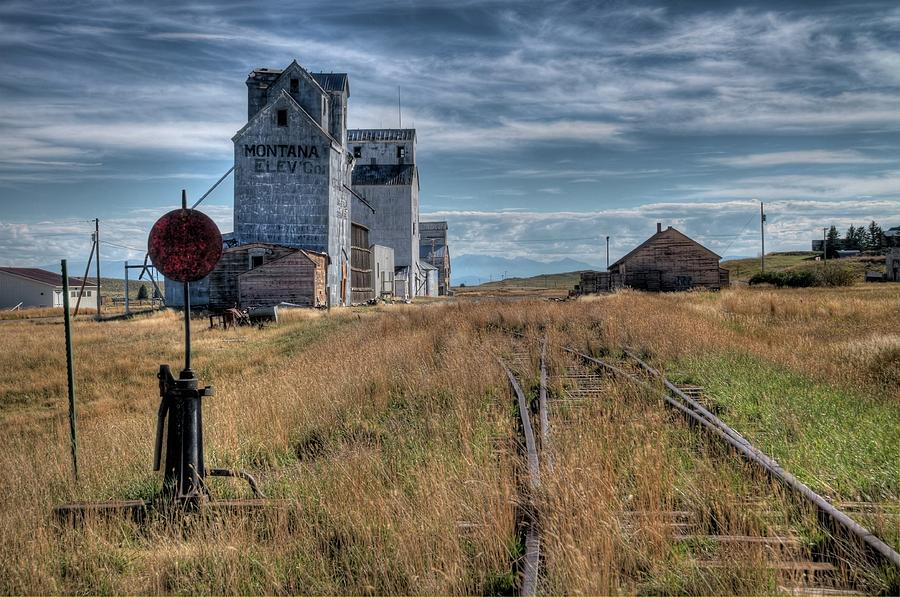 Grain Elevator Photograph - Wilsall Grain Elevators by Dave Rennie