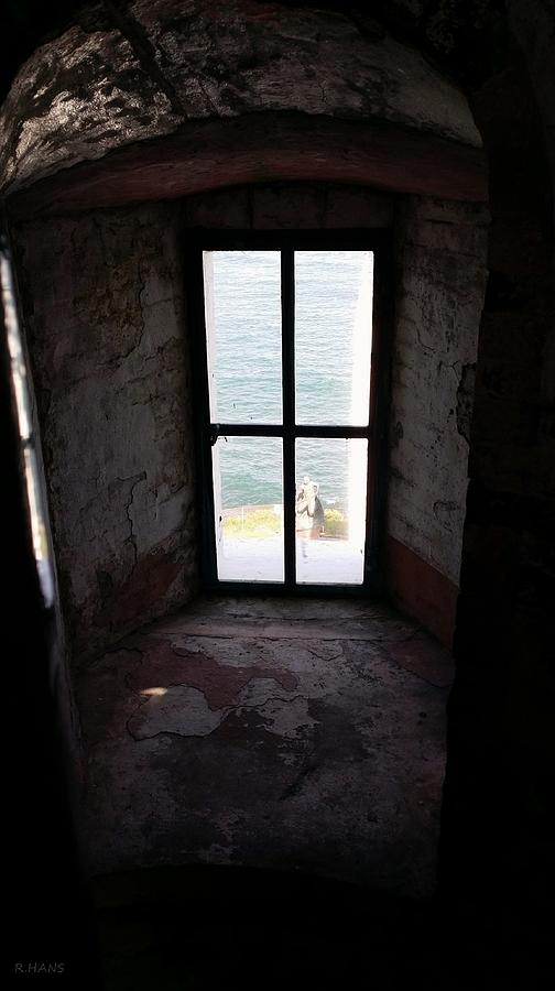 Montauk Photograph - Window To The Sea by Rob Hans