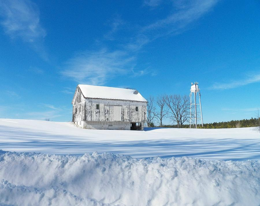 Virginia Photograph - Winter Barn by Joyce Kimble Smith